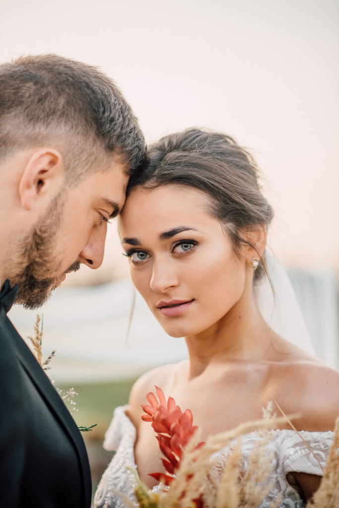 невеста Хмельницкий